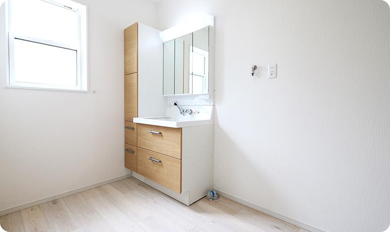 ユーティリティースペースになる洗面室
